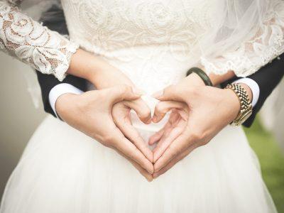 Wedding Bride & Groom with Heart