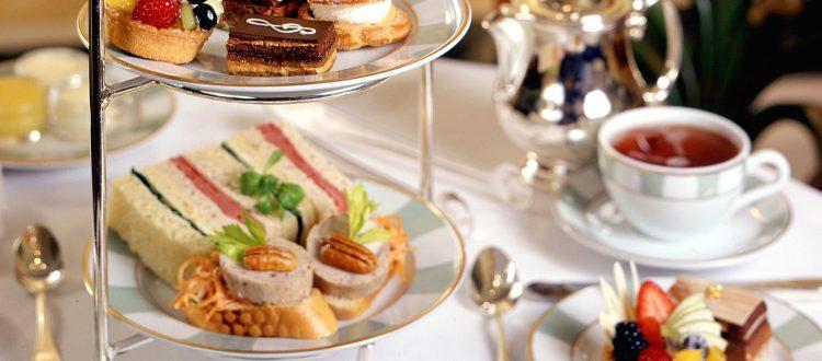 Holiday Tea | Limousine Service